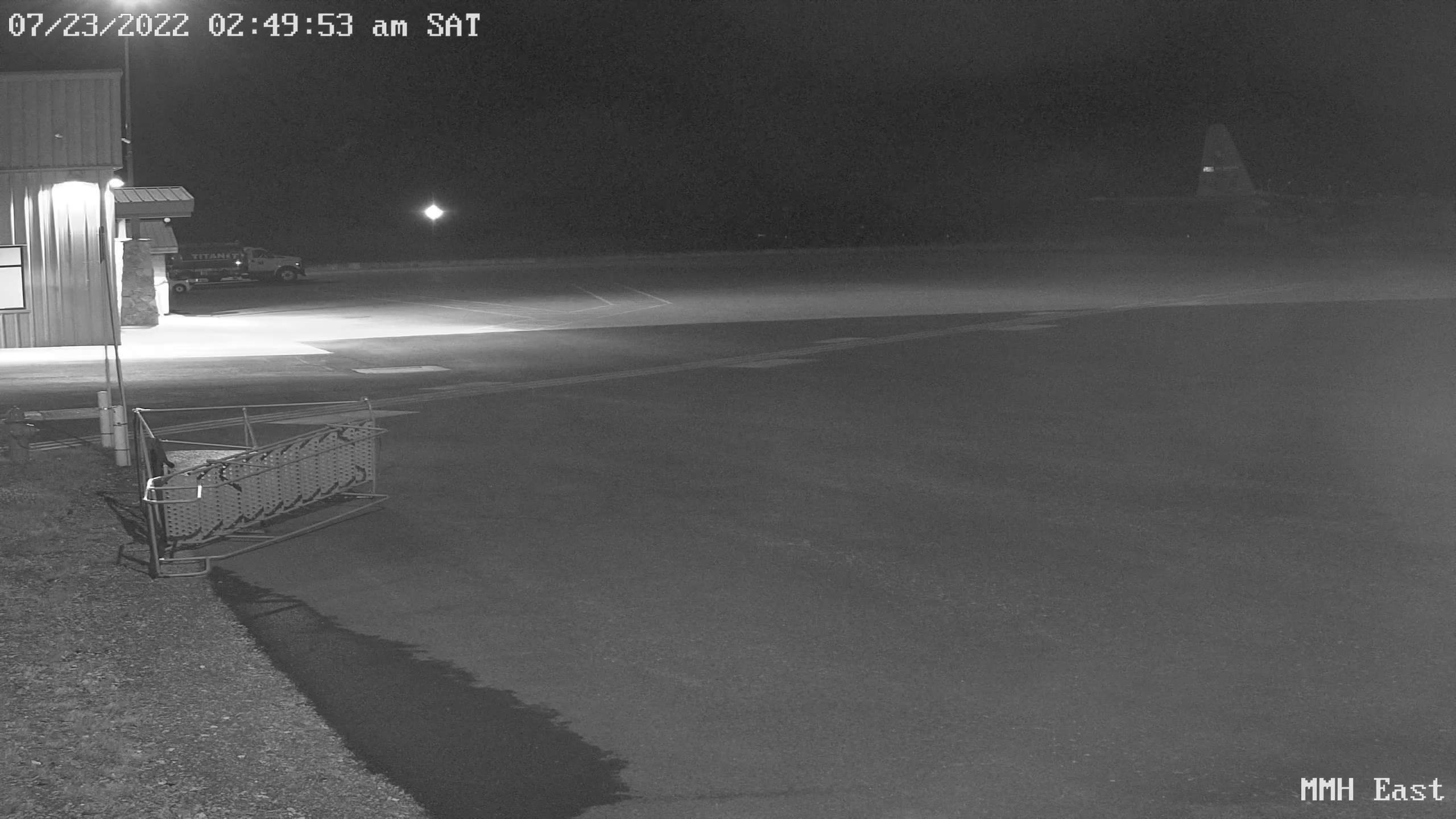 Mammoth Airport Webcam Looking South